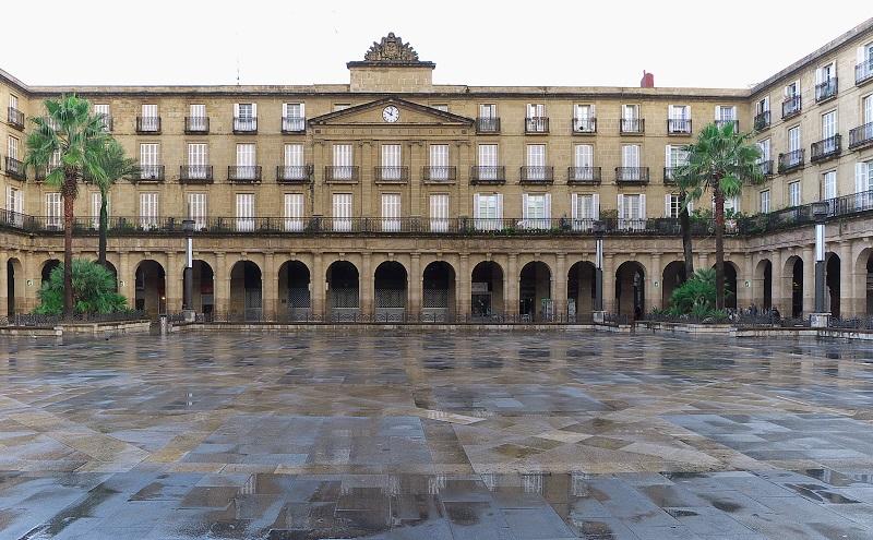 Площадь Пласа-Нуэва