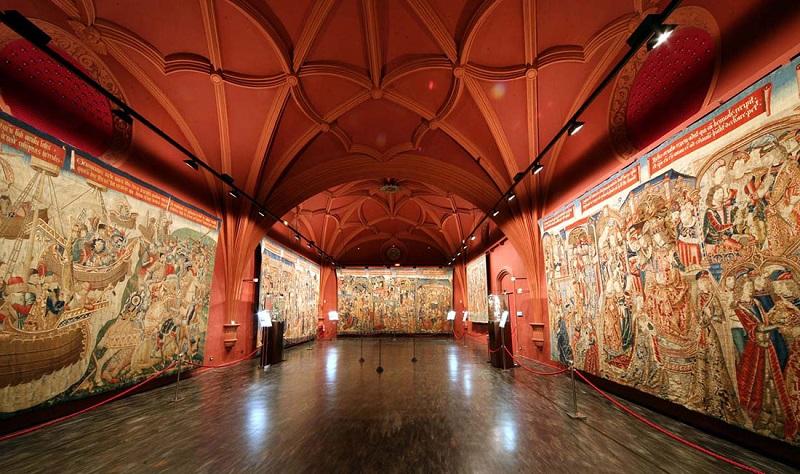 музей гобеленов сарагоса