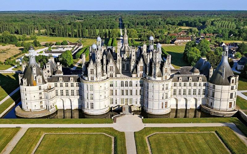 замок шамбор франция
