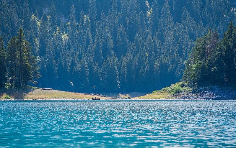 црно-езеро