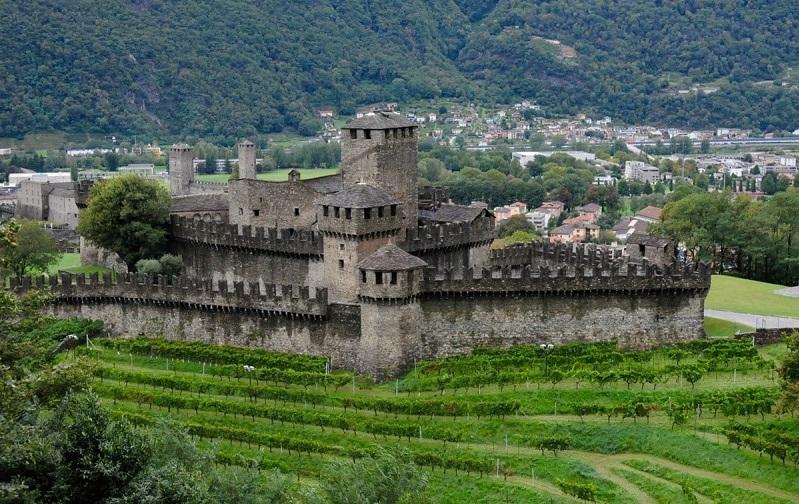 крепостные укрепления беллинцоны