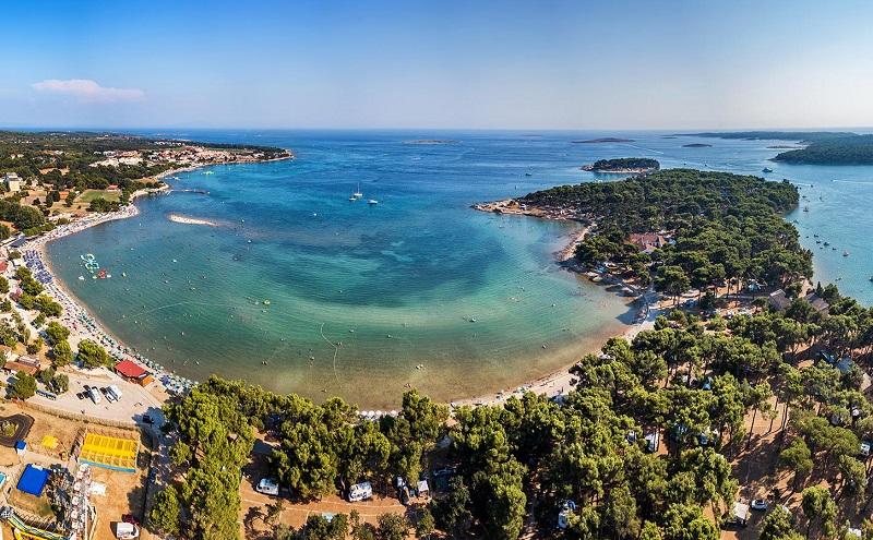 пляж биеца хорватия
