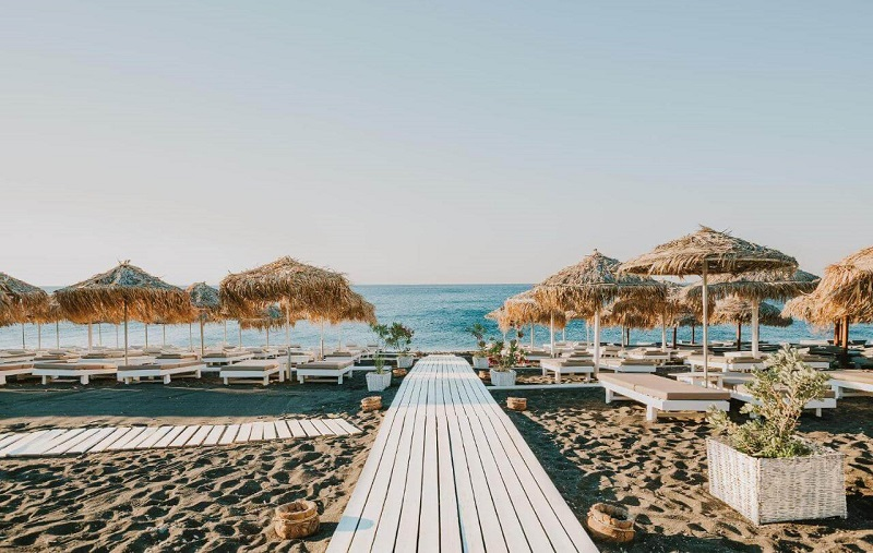 пляж периволос