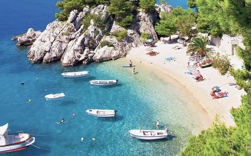 пляж пунта-рата брела хорватия