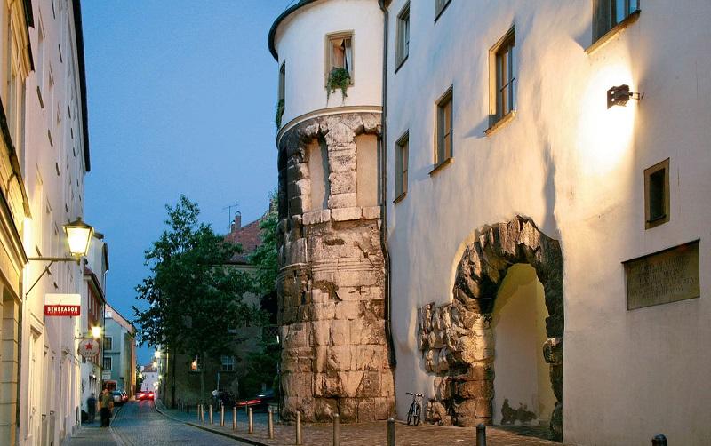 ворота порта претория в регенсбурге