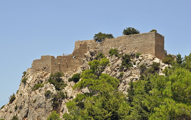 замок монолитос родос