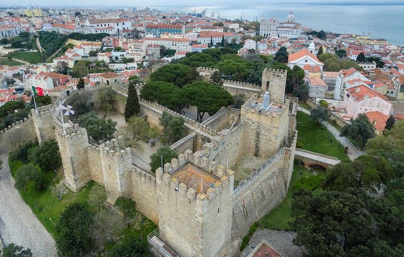 замок святого георгия лиссабон