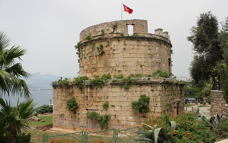 башня хыдырлык анталья