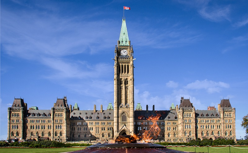 здание парламента канады оттава