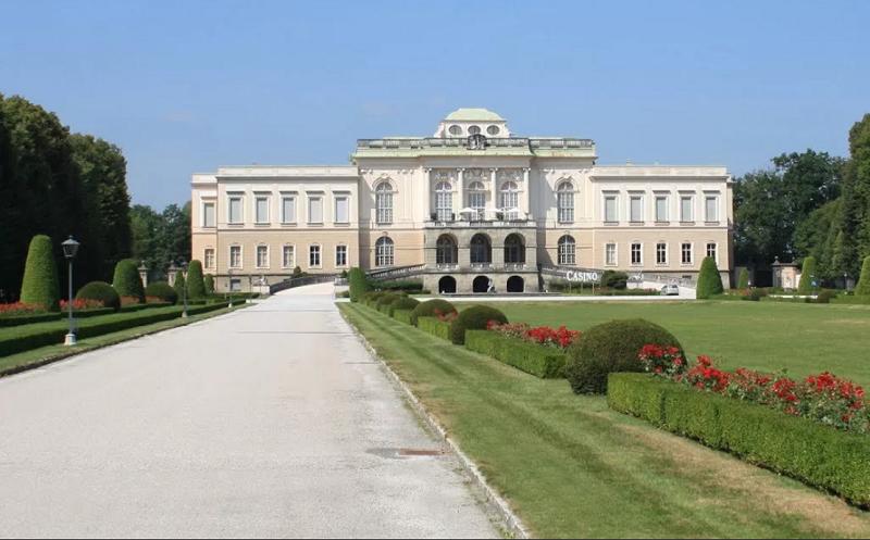 дворец клессхайм
