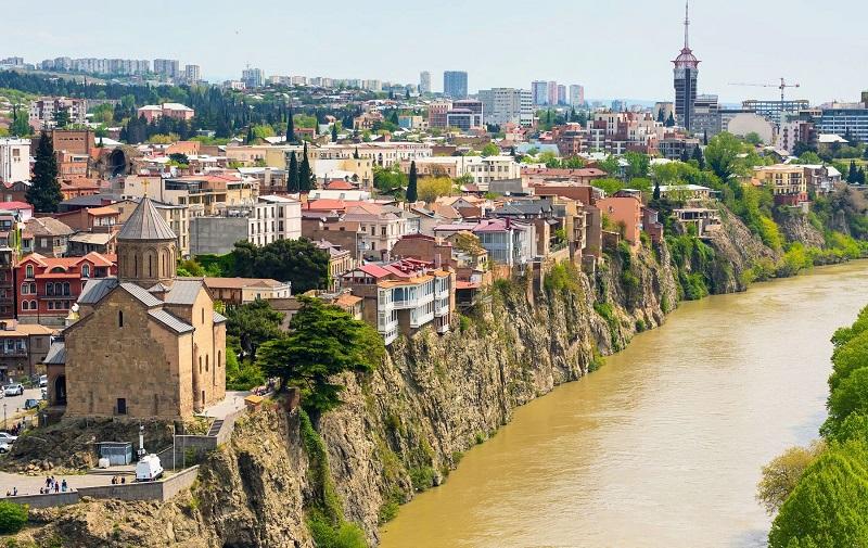 район метехи в тбилиси