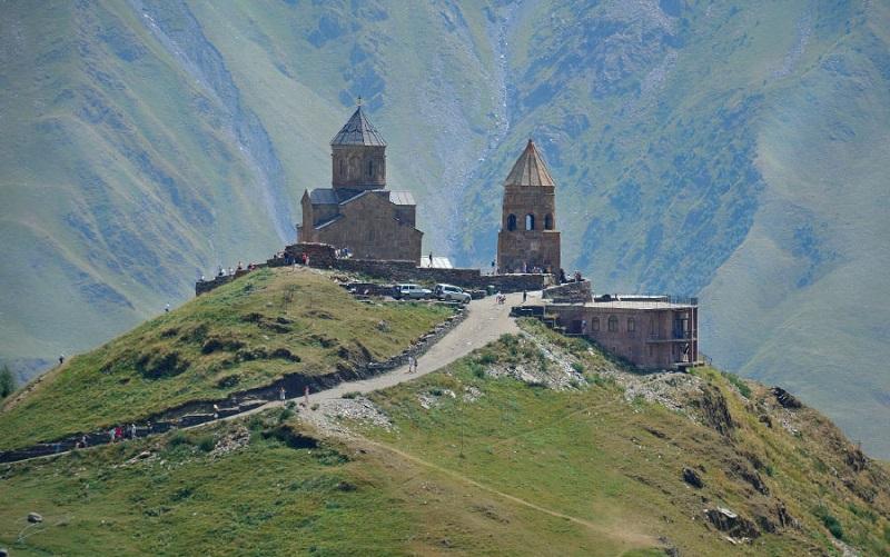 троицкая церковь в гергети