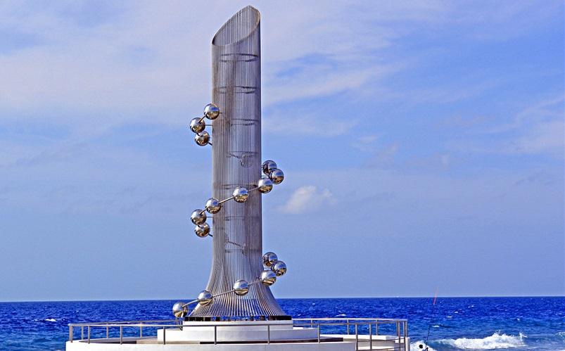 монумент жертвам цунами мале