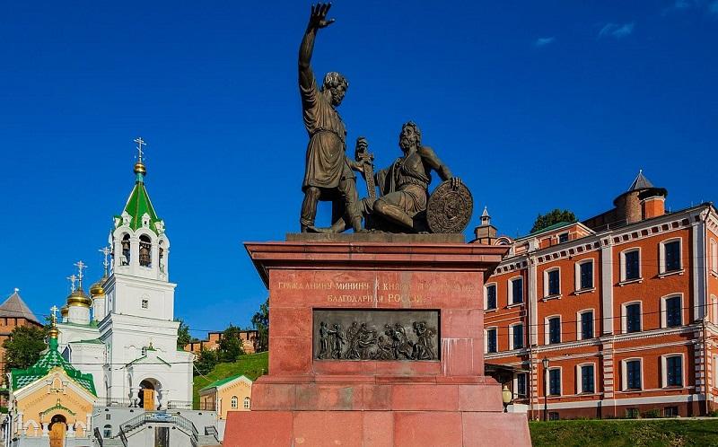 памятник минину и пожарскому нижний новгород