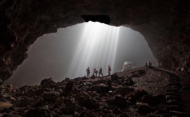 пещера джомбланг