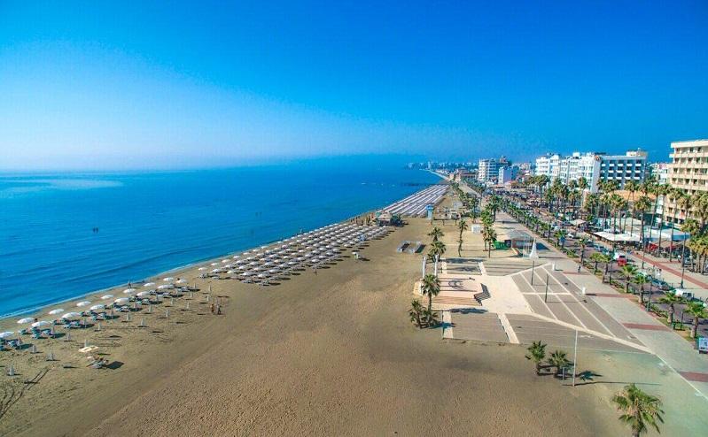 пляж финикудес ларнака