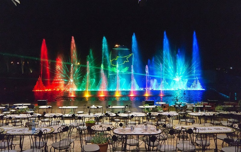 танцующие фонтаны протарас